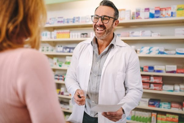 Local Pharmacies vs. Chain Stores – What You Need to Know